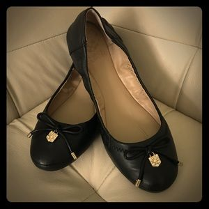 Vince Camuto Black Leather ballerina Flats 7.5